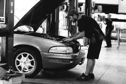 routine-vehicle-maintenance-hoses-belts
